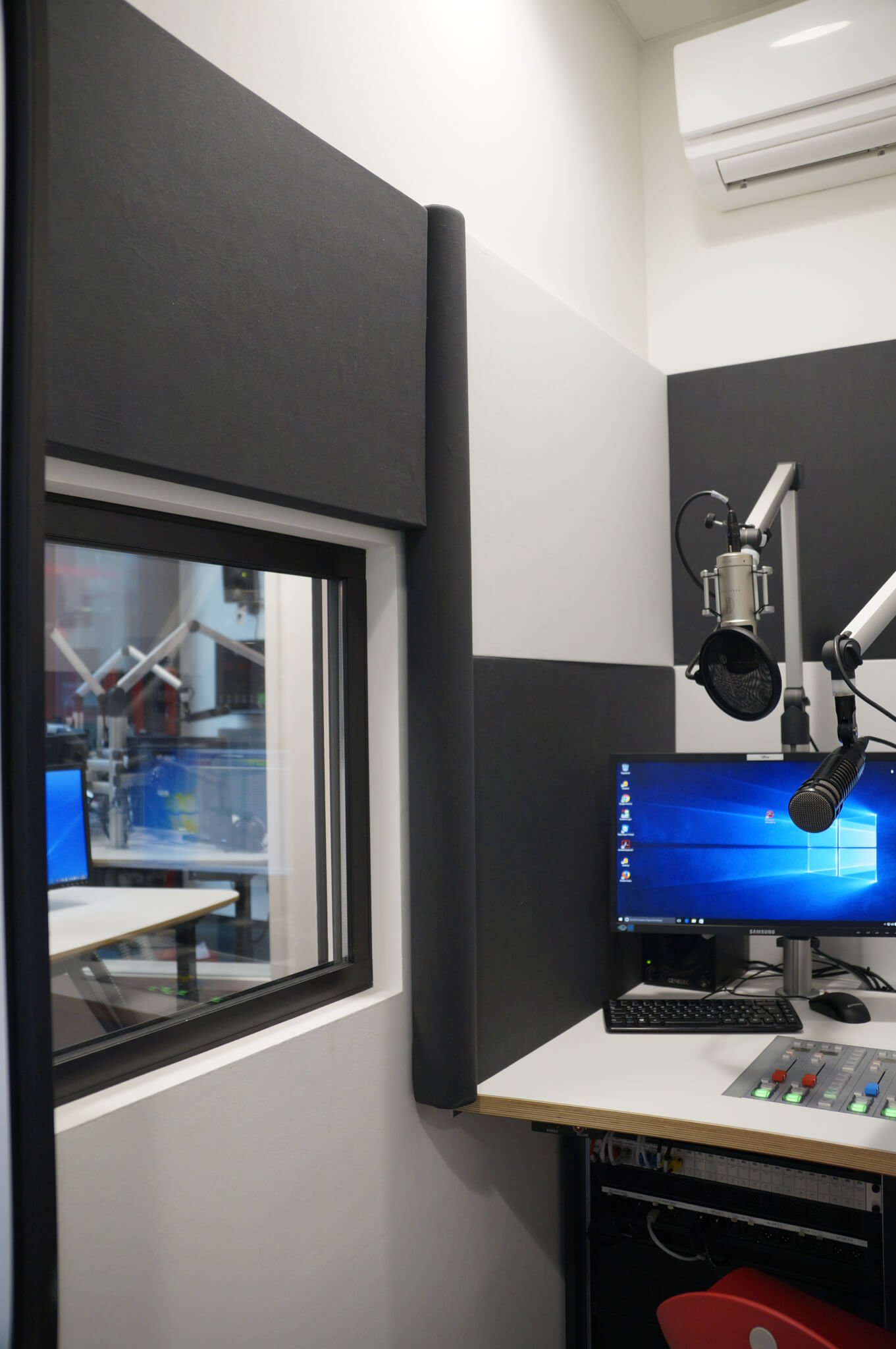 XB acoustics projekt Radio Ton